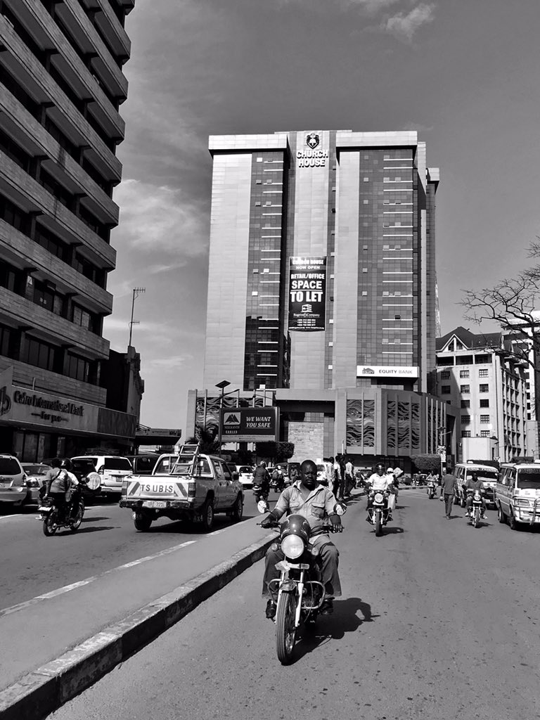 Day 317 of 365: Motor taxi, the best way to beat the tuesday traffic. #tuesdaythoughts #tuesdaytraffic #kampalatraffic #kampalaphotoweek #kampala365 #bnwphotography #bnwmoods #streetphotographypic.twitter.com/cx9tf5zDlE