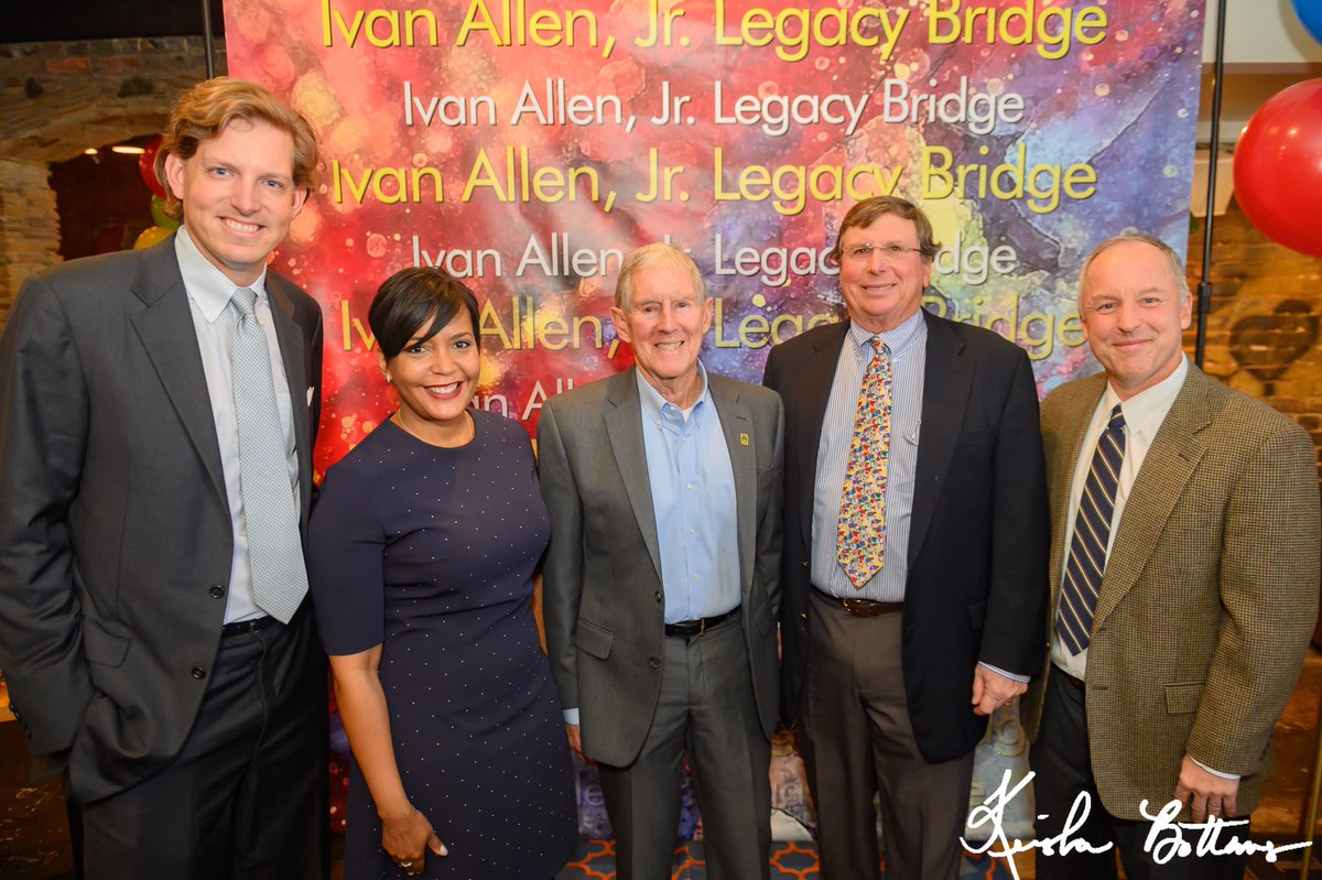 Mayor @KeishaBottoms celebrated the grand opening of the Ivan Allen, Jr. Legacy Bridge. The city remains indebted to Mayor Allen for his groundbreaking leadership and vision for justice and equality. Thank you to all of our partners for making this bridge in his memory a reality!