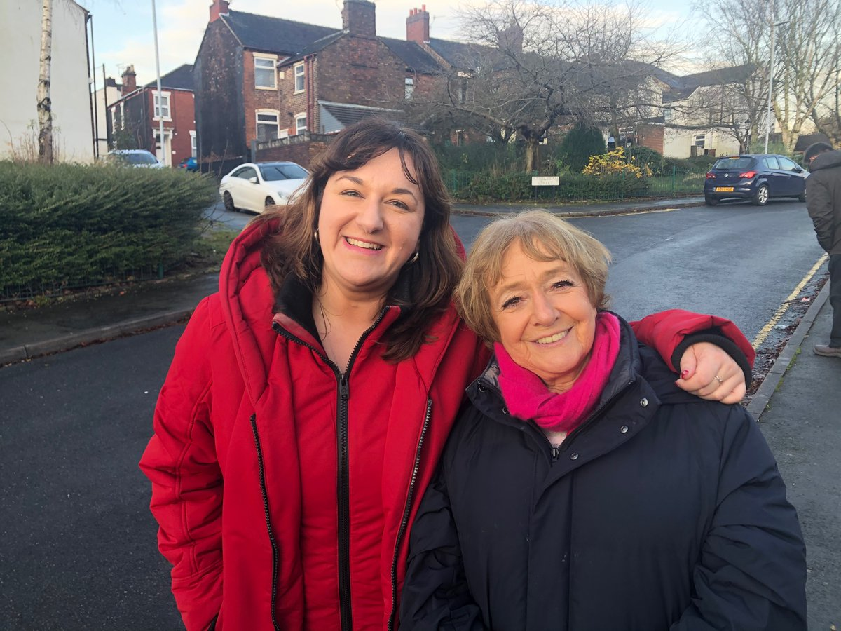 Brilliant to be out campaigning with @RuthSmeeth in Stoke today, fighting for our Labour values. https://t.co/NG5bBePpk3