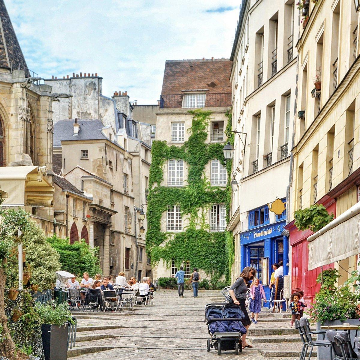 пожалуйста, квартал маре в париже фото проиграл выборы лидера