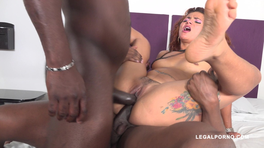 Latina slut Laura Montenegro takes two black cocks IV396 Joachim Kessef Black Prince La... uc.to/bbww6s
