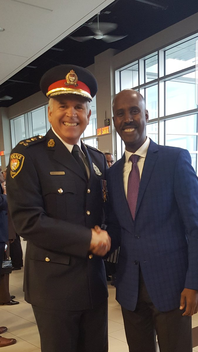 A historic day @OttawaPolice during #changeofcommand. I thank our Ret. Chief @ChiefBordeleau for his many years of service to our community. I also welcome our new Chief @OPSChiefSloly and his family to our city. Wish him a great success on his new role.