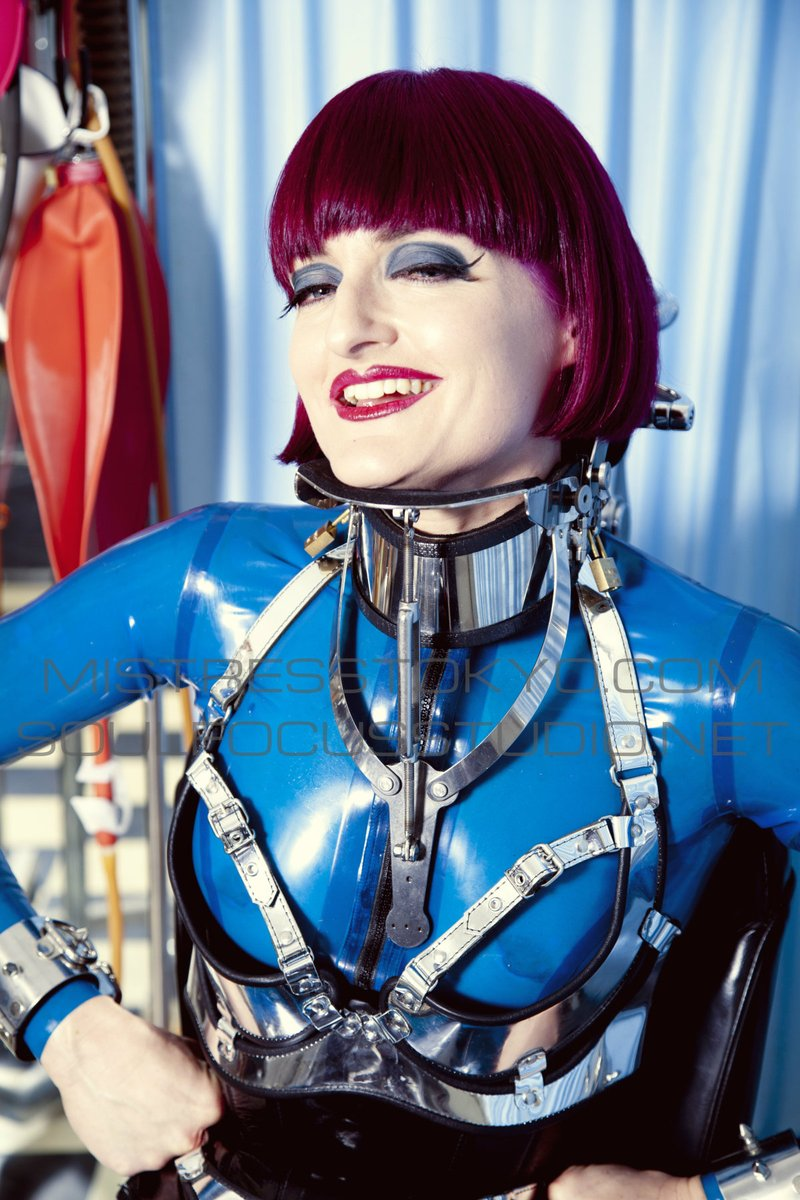 #picoftheday Check My pic of the day by Soul Focus Studio! I'm wearing My own blue rubber catsuit, silver leather bra & neck brace by #Carreras.  #mistresstokyo #soulfocusstudio #fetishphotography #sydneymistress #rubbermistress #littleshoebox #dominatrix