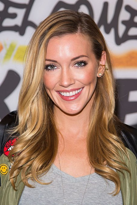 HAPPY BIRTHDAY KATIE CASSIDY RODGERS      I hope you are having a wonderful week this week!