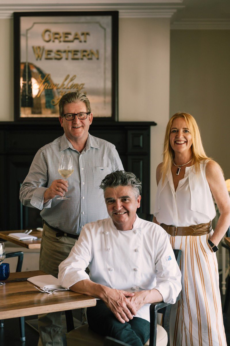 Leading chef takes over at one of Australia's leading #gourmet resorts. #travel #tourism @BellsatKillcare https://gourmetontheroad.blogspot.com/2019/11/all-change-at-bells-at-killcare-new.html?m=1 …pic.twitter.com/eFwr7AsYBZ