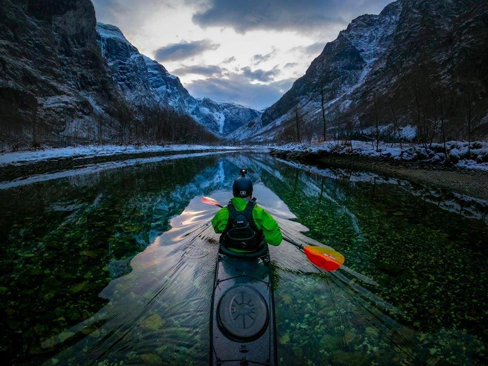 River #paddling in Gudvangen 😊 Tomasz Furmanek Photography #Norway #fjords #kayaking @epicfjords @fjordnorway