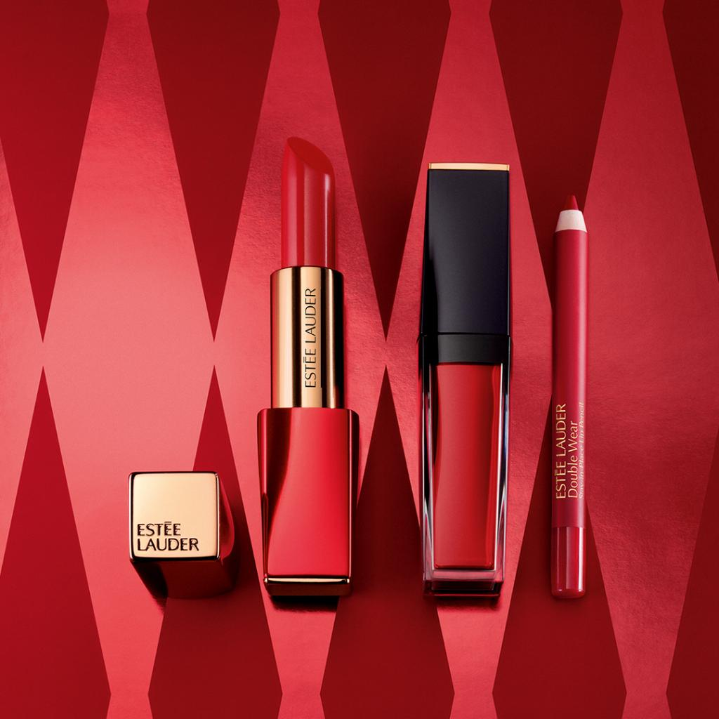 Nothing screams #holiday like a perfectly balanced #redlip. Check out Lady Luck: a no fuss lip kit made for #redlip lovers, just like us! https://estee.cm/2JvbzwG #EsteeWishlistpic.twitter.com/getuIIPE0l