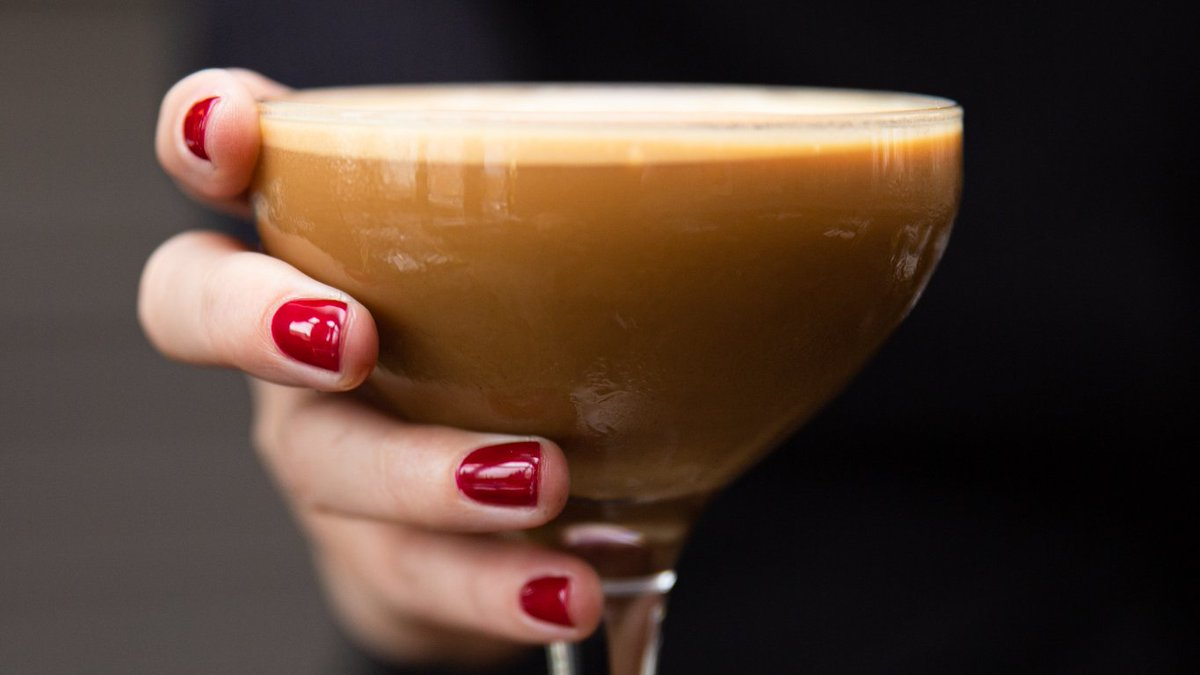 We're celebrating one amazing year of Isabelle's this Sunday, 1st December.  To celebrate, we will be giving each customer who dines with us at dinner on Sunday a complimentary @baileyschocs Truffle & a @Ciroc Espresso Martini after your meal ❤ https://t.co/XQixoy6qc8