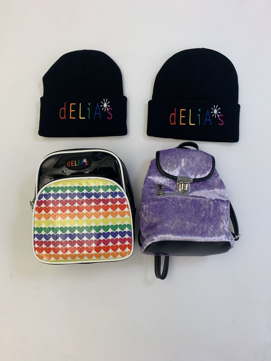 FiRSt GivEaWaY !!12 DAyS oF X-mA!! TaG YOuR BFF On tHe LiNK BelOW tO EntER tO Win THesE HatS AnD BacKbACkS. ENTRY ENDS WEDS 11/27 at 11:59pm PsT   https://t.co/YWLJ2P3GuZ… https://t.co/1izovLIQyX