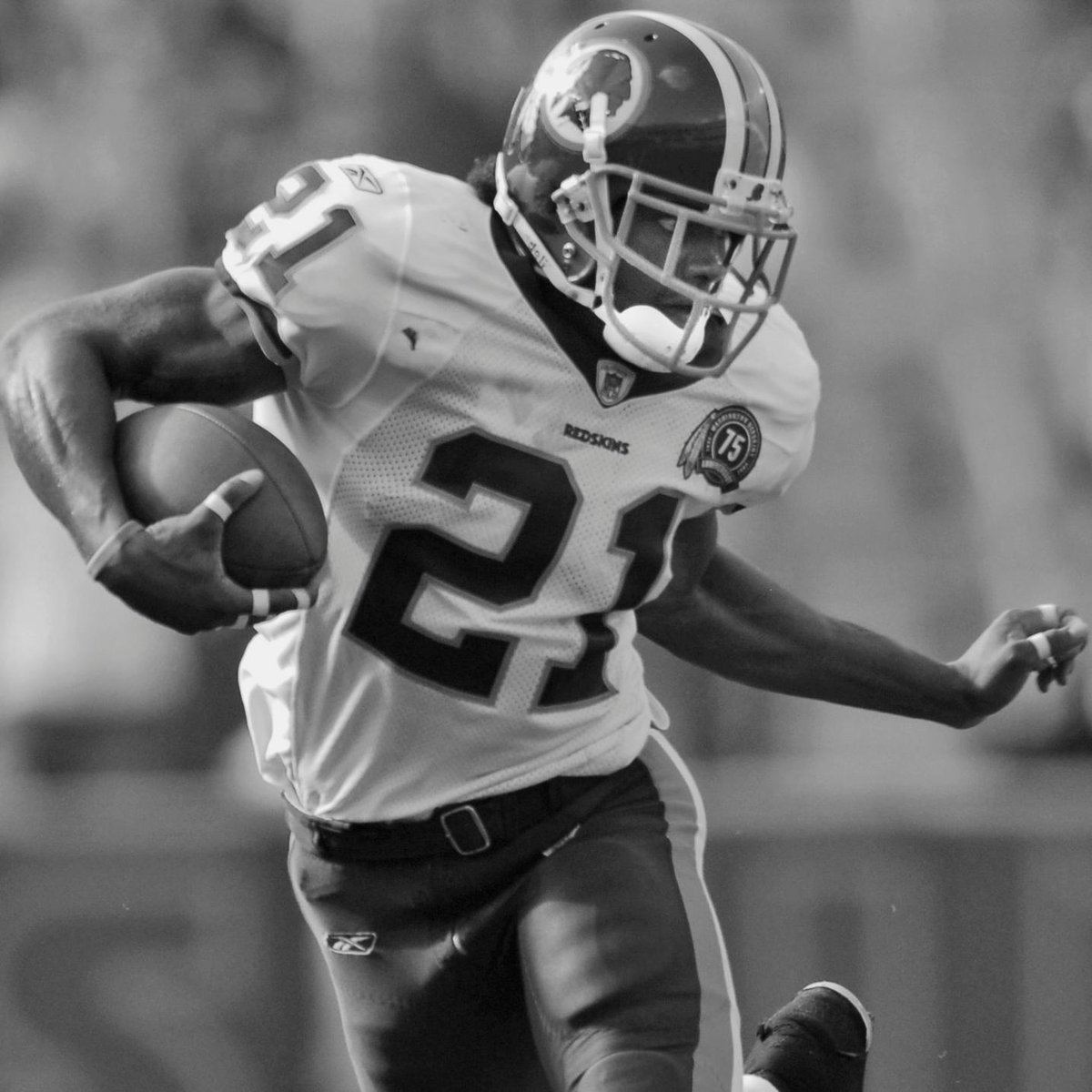 Replying to @NFL: 12 years ago, we lost a legend.  But Sean Taylor's memory lives on. 🙏