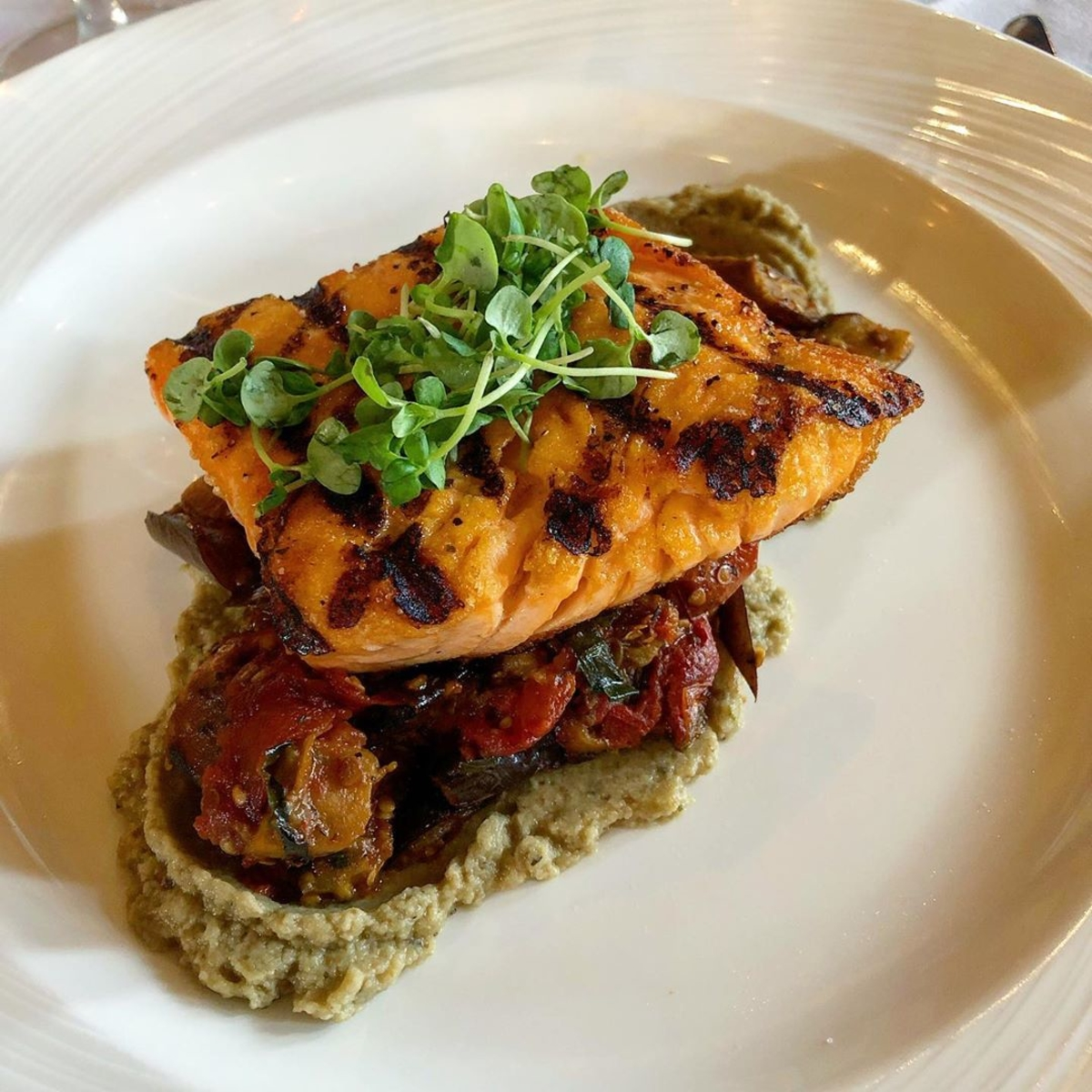 Each and every day, were thankful for our delightful salmone dish. Photo: @curethecrave