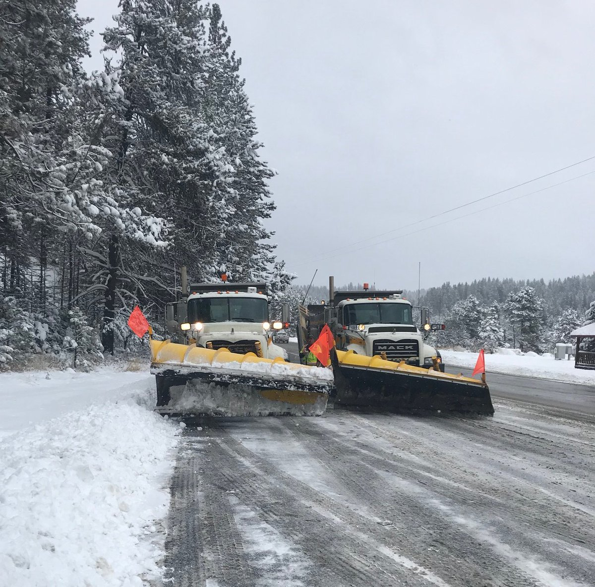 Our plow operators have been working through the night to keep roads safe for #Thanksgiving travel. Some will be on the road instead of around a dinner table tomorrow. We thank them for their service.