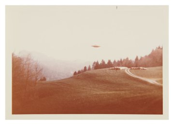 'I want to believe' UFO photos go up for auction EKZtszcWkAA_B3S?format=jpg&name=360x360
