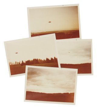 'I want to believe' UFO photos go up for auction EKZtszrW4AAaVSz?format=jpg&name=360x360