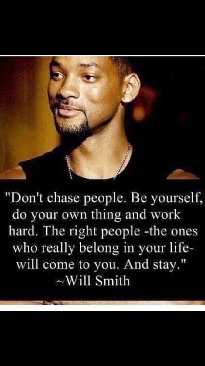 """The right people will find you & stay""  #WorkHard #Positivity #Motivation #Kindness #Empathy #Compassion #Smile @oracleofshoes @KimFox44 @BabyGo2014 @cazij @suziday123 @GhostlyOwl @Lucy51602801 @LaLaVirtanen18 @melanie_korach @ellamayblue @HChristie2104 @KristenAshleyW @bifnaked"