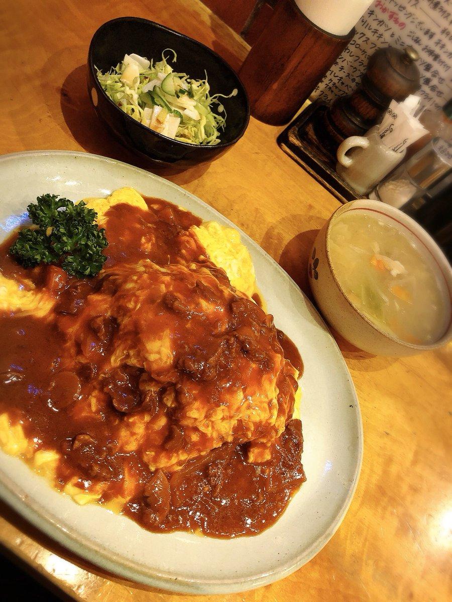 KITCHEN OBASAN@新桜台 練馬税務署近くの半地下で営業している洋食屋さんで、ふわとろオムライスを食す  #tabelog