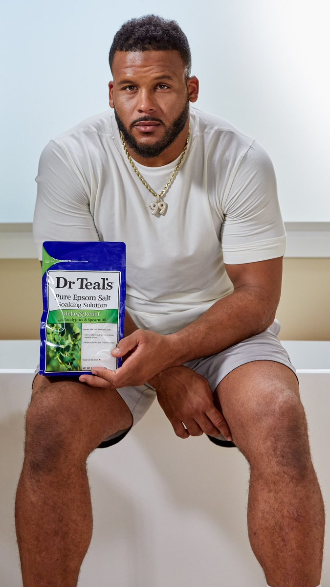 #ad I've heard for years from the guys in the league that using @DrTeal's Epsom Salt Soaks helps sore muscles after a big game or tough workout. That's why I'm spreading the word about #DrTeals to my fellow players and anyone looking to recharge and relax!pic.twitter.com/xLbrBNyppG