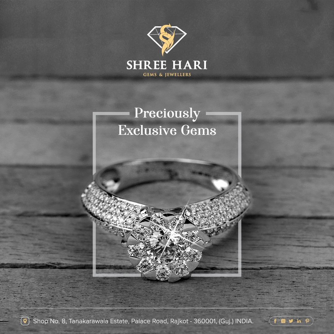 Preciously Exclusive Gems. . . . #ShreeHari #ShreeHariJewellers #Jewellers #Collection #Gold #Silver #JewelryArt #GoldJewellery #Jewellery #Fashion #Gold #Bracelet #Jewels #Style #Accessories #Love #Ring #Wedding #FashionJewelry #Necklace #Earrings #Trendsetter #OnTrend