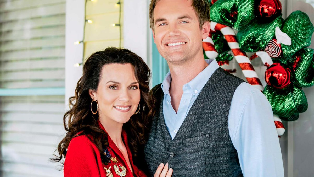 One Tree Hill Alums Reunite in Lifetime's  A Christmas Wish https://nicegirlstv.com/2019/11/28/one-tree-hill-alums-reunite-in-lifetimes-a-christmas-wish/ … - See #HilarieBurton, #TylerHilton, #AntwonTanner #LeeNorris #BarbaraAlynWoods #ColinFickes in the film along with #MeganPark, #PamGrier, #WillieGarson and #RyanCabrera:pic.twitter.com/6dM9ug1FBY