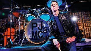 Happy Birthday Matt Cameron, drummer for Soundgarden & Pearl Jam. Born 11/28/1962
