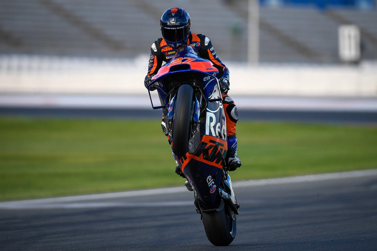 Throw that front wheel up @LecuonaIker! 😎 Happy #WheelieWednesday from the youngest rider on the #MotoGP grid! 💪
