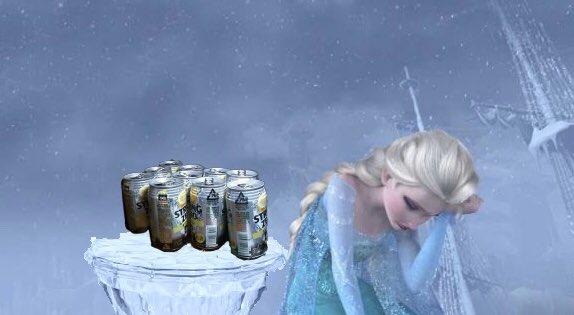 アナ雪と酒の相性が良すぎて、無限にコラ画像作ってしまうな