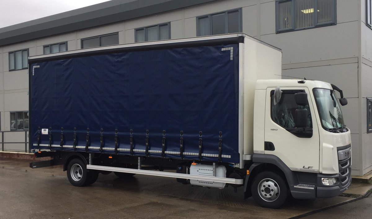 test Twitter Media - 7.5t DAF curtainsider with XL rated Curtains  With thanks to @OfficalSVH   #DAF #Curtainsider #SalfordVanHire  #MWHull #KeepingBritainMoving https://t.co/RMHBHyB5ek