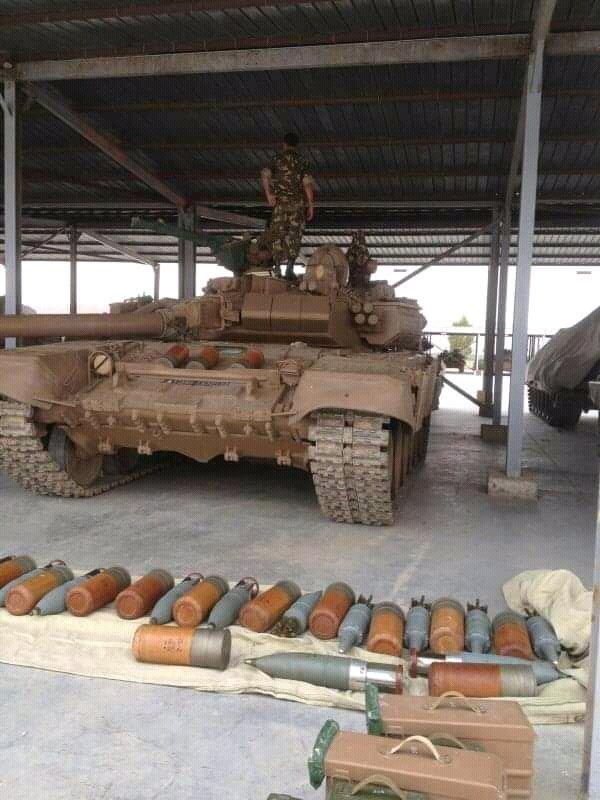 2015 - الجزائر تستلم حزمة ثالثة  من  [ دبابات T-90  ]   - صفحة 14 EKdlbKwXkAAaD57