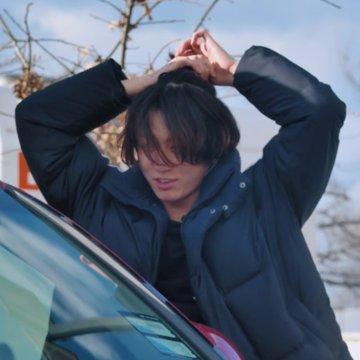 Hé lộ lý do Jungkook quyết định để tóc dài là vì fan? - ảnh 2