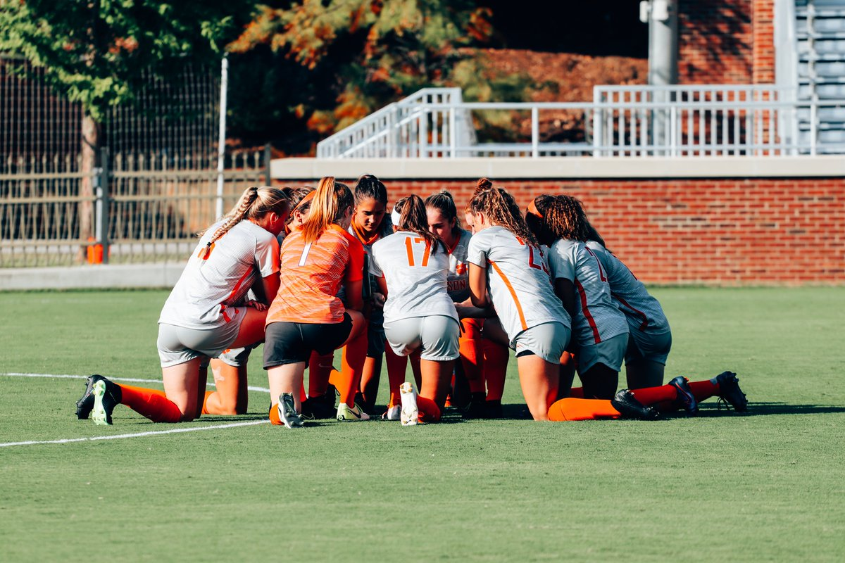 Thankful for our #ClemsonFamily  <br>http://pic.twitter.com/6wis1CLHMV