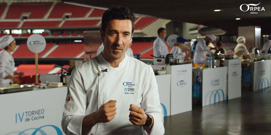 """test Twitter Media - 🥘""""Es una cocina que puede parecer menos compleja que la de los restaurantes, sin embargo, se requiere de una gran sensibilidad para poder hacerlo bien"""" ¡Mira al chef #EnekoAtxa en el vídeo sobre el IV Torneo de Cocina @GrupoOrpea!  📹https://t.co/gnDCY6olSc https://t.co/PWp2jzIYIa"""