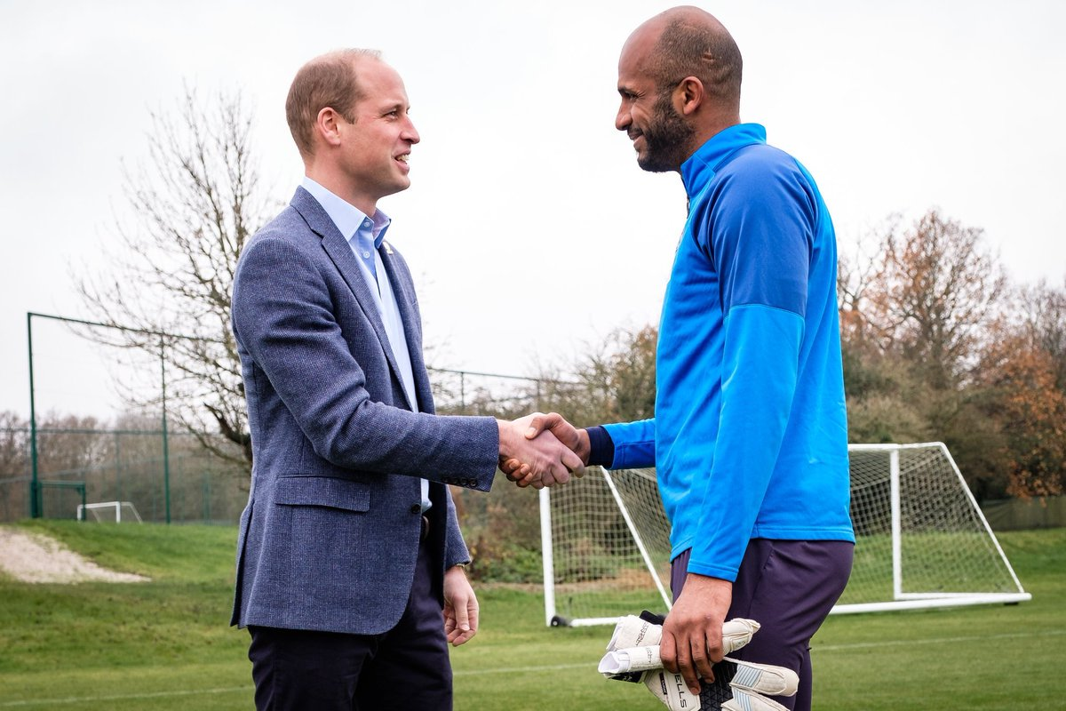 A pleasure and a privilege to meet the Duke of Cambridge this morning in @WBA. We discussed the importance of mental health #HeadsUp. Also we chatted about His visit to Oman next week. @KensingtonRoyal @UKinOman