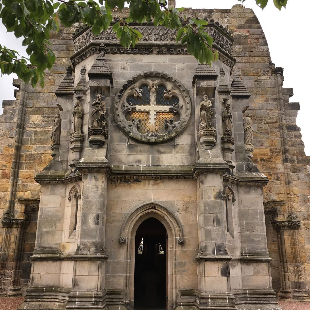"Tonya U. Brown @MrsBrownee2U: ""The Mystery and Symbolism of Rosslyn Chapel. Pictures do not do this beautiful little chapel justice. Hope you enjoy! #WritingCommunity #15thcentury #knights #KnightsTemplar #Scotland #VisitScotland "" / via @penny_hampson"