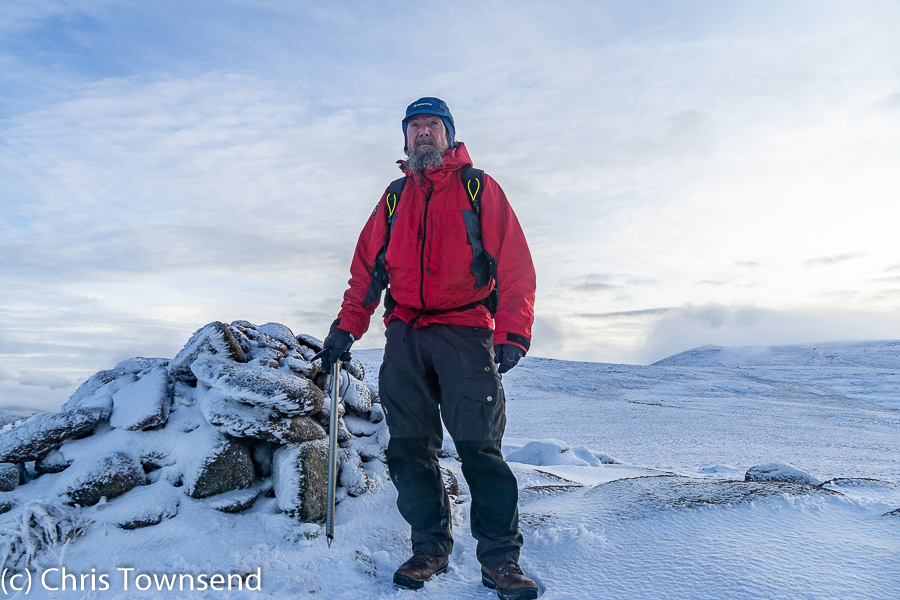 My video on gear for winter hillwalking. christownsendoutdoors.com/2019/11/in-cai…