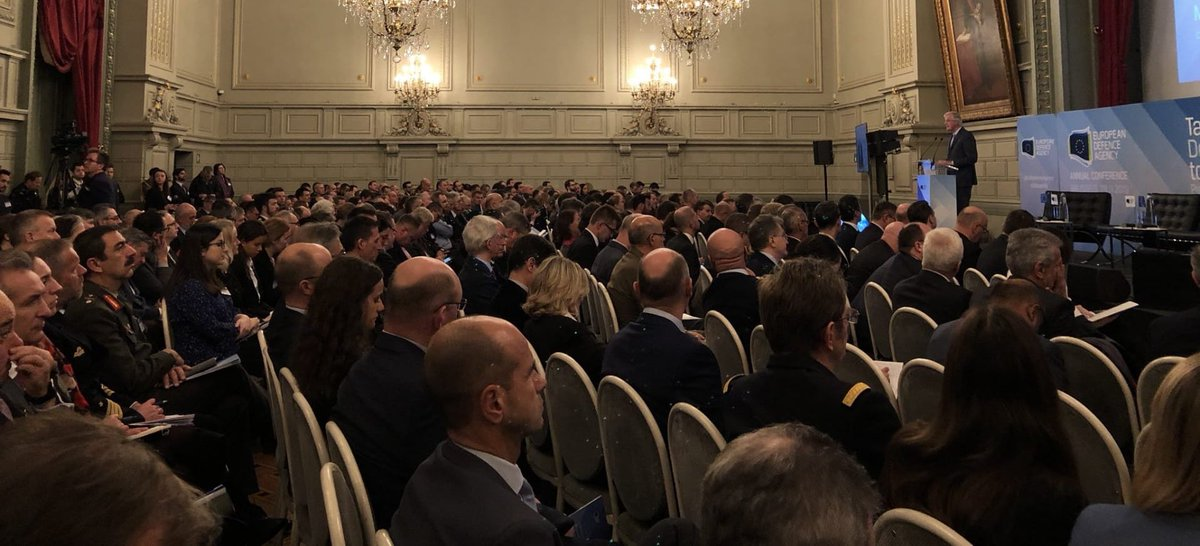 In the future, the UK will be our closest and most strategic partner. Under the authority of @vonderleyen and with @JosepBorrellF, we will work on an ambitious future partnership in foreign policy, security & defence. My speech at #EDAconf19 europa.eu/!Hn37bu