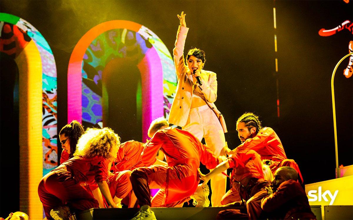 🎶🎤Vi è piaciuta l'esibizione dei #Booda sul palco di #XF13 ?🤩 https://t.co/zIEUtcphjm