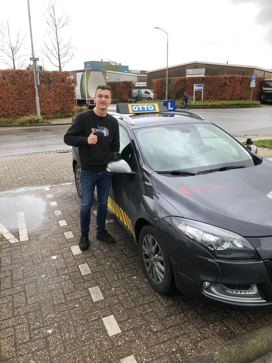 test Twitter Media - Joey van den Burg vanaf vandaag mag je zelfstandig op pad. Van harte gefeliciteerd met het behalen van je rijbewijs! https://t.co/yzv9O1NjjA