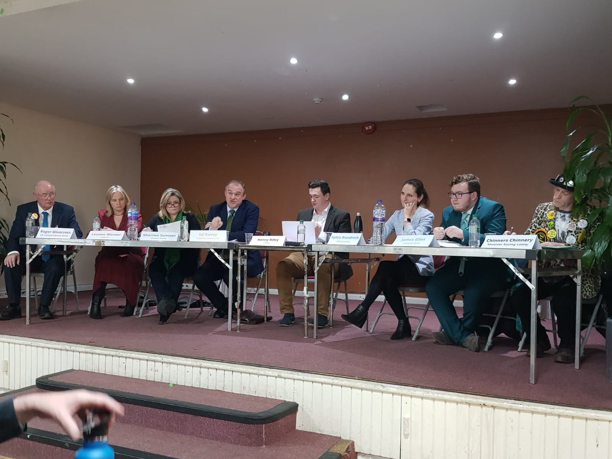 Really enjoyed hosting the Kingston & Surbiton Hustings at the Shiraz Mirza Hall in Old Malden this evening. Thanks to everyone who came & to the candidates. @AphraBrandreth | @EdwardJDavey | @SharronSumner1 | @LeanneLWerner | @JamesGilesRBK | @Chinners2 | Roger Glencross