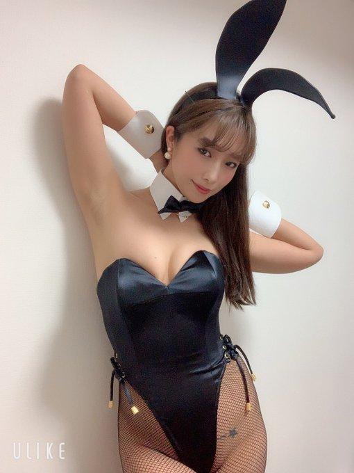 バニーガールの渋谷さんのTwitter自撮りエロ画像18