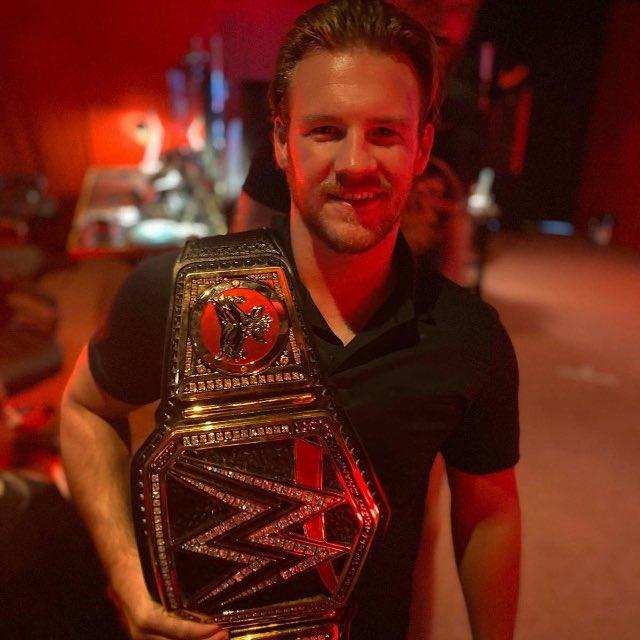 Wishing Chris Jericho a very Happy Birthday today.