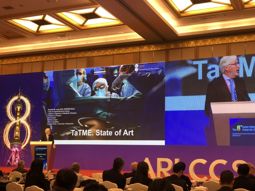 Enjoying a Special Lecture about The State of the art in TaTME by @AntoniodeLacy in The 8th Asian Robotic and Laparoscopic Camp for Colorectal Surgeons #roboticsurgery #TaTME #colorectalsurgery #shangai pic.twitter.com/An985jaP4G – at 上海国际会议中心   Shanghai International Convention Center