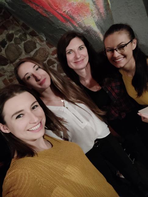 Cieszę się że dzięki książkom mogę poznawać tak wspaniałe osoby. ❤️  @bujaczkowy_swiat @MelissaDarwood   @wroclawianka.czyta  #książki #people #spotkanie #wywiad #books #lostinmybooks #spotkanieautorskie
