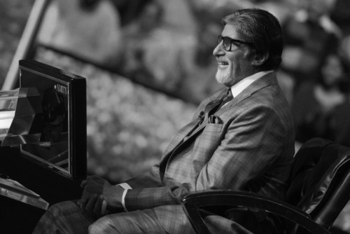 Thanku lot's @SrBachchan sir for everything,Enjoyed this seasons #KBCFinaleEpisode #KBC just not game it full fill thousands of dreams, lots of karamveers who inspired us  Ur inspiration 2the world, Feeling sad,last day of #KBC11 will egarly wait for new season #KBC12 Best wishes<br>http://pic.twitter.com/qne89tQgP3