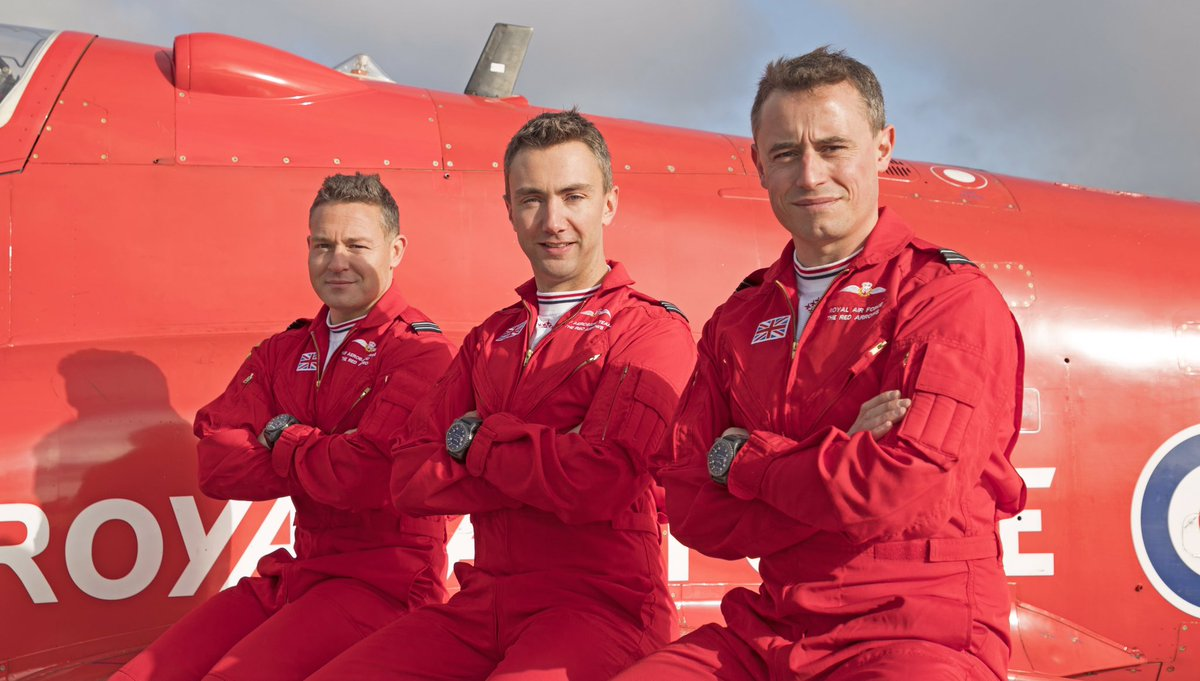 Meet our new pilots, joining the #RedArrows for the team's 2020 display season. Welcome to Reds 2, 3 and 4. Read more about them and their RAF careers here: https://t.co/JdYVINcInT https://t.co/gSB2mTVF9F