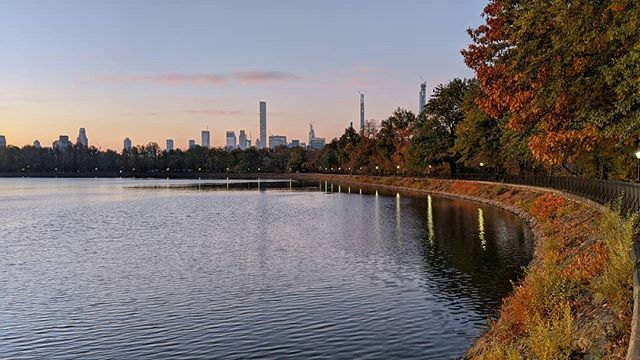 Central Park Reservoir......#manhattan #newyorkcity #nycity #nyc #newyork #ny #rsa_streetview #nycprimeshot #loves_nyc #ig_newyork #ig_nycity #icapture_nyc #made_in_ny #what_I_saw_in_nyc #imagesofnyc #newyork_instagram #instagram_nyc #wow_america #… https://ift.tt/2L72B9T