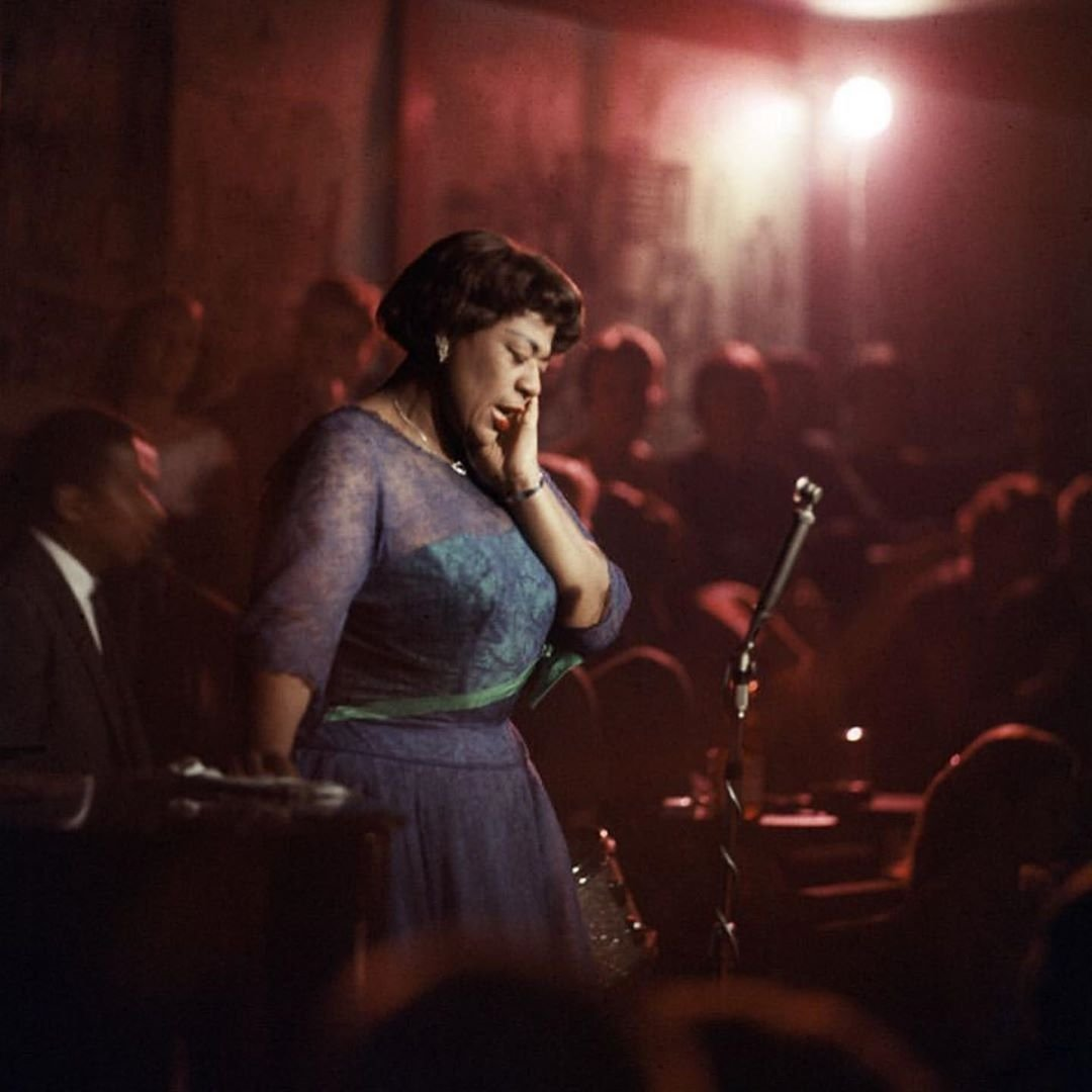 #EllaFitzgerald performing at 'Mrs Kelly's' Nightclub in #Chicago 1958There's something in these pictures so beautifully intense  something I can't really define... so profound #beautyoflife #divinesenaya #soûlkreôl #senaya #uniquegifts #special #original #independentartist
