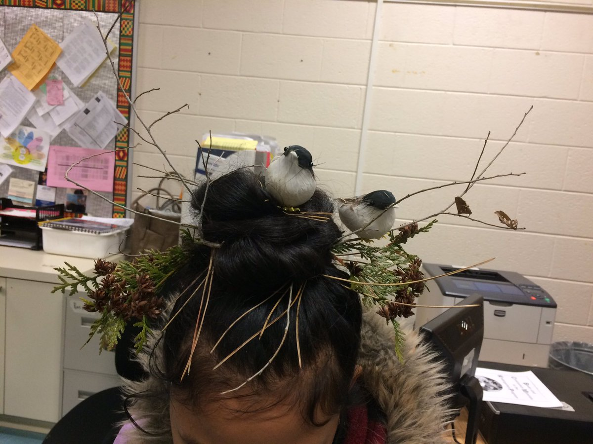 Fun time @TDSB_Gosford with Wacky Hat/Wacky Hair Day! Creative hairstyles with a nest, two cupcakes, crayons as Kanzashi (hair sticks) @LC2_TDSB @tdsb_helen