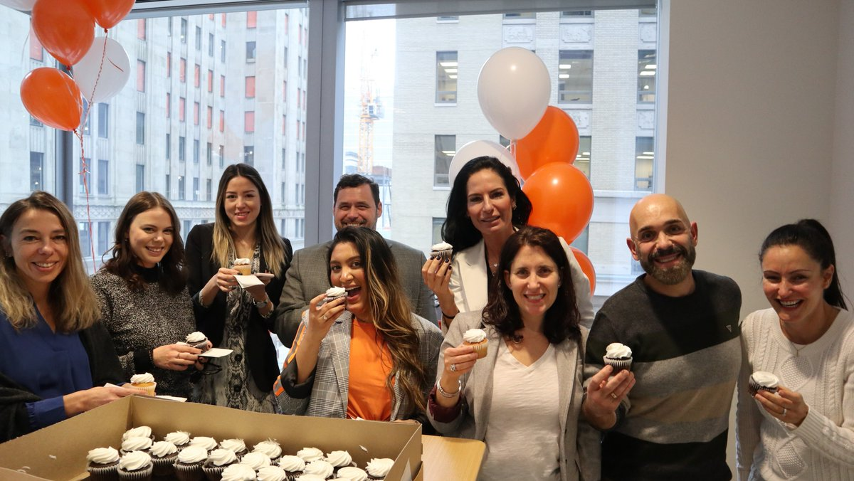 What a week! Good #FridayFeelings this week #WorkingatTR!📸🔙 Cupcakes for being named on #CanadasTop100Employers, celebrating our teammates new baby in Hong Kong, free turkeys for US #Thanksgiving & our annual employee engagement event Utsav (or festivities) in India!🧡