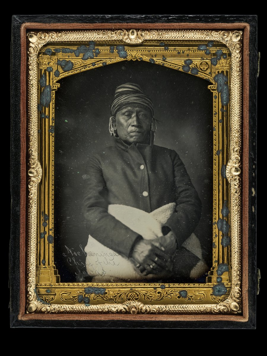 This daguerreotype is among the first photographic images of a Native American. #NativeAmericanHeritageMonth <br>http://pic.twitter.com/YNzJJ1lMal