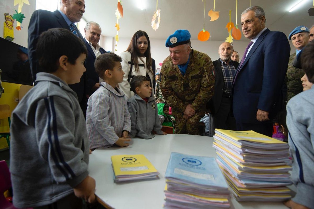 .@UNIFIL_ Commander @stefanodelcol today joined local authorities in opening a UNIFIL-supported central heating system in a primary school in #Houla, south Lebanon. This will benefit 375 young students & teachers. Winter in Lebanon can be very harsh #A4P http://bit.ly/2Ds4jyr